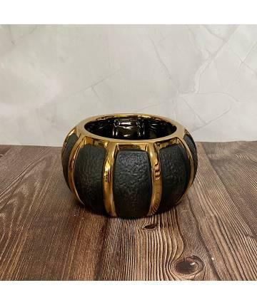 Gold Black Pot